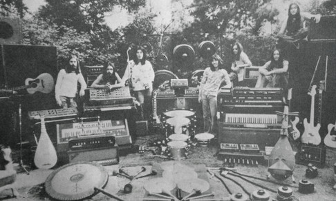 Far East Family Band / Far Out