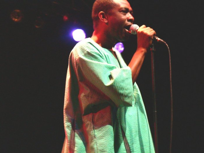 Youssou N'Dour at WOMAD 2001, photo by Danette Davis
