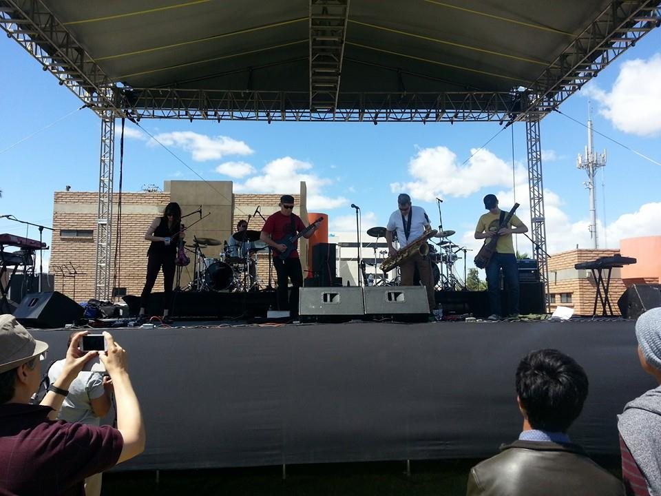 Moraine live at BajaProg 2014