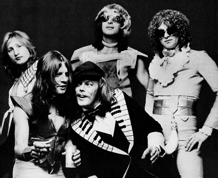 Mott the Hoople 1974 promo shot